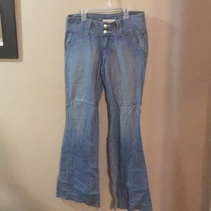 Very nice jeans..gently used size 9 ...